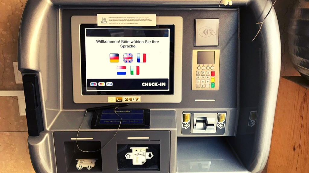 Saint Gallen   Self-check-in machine