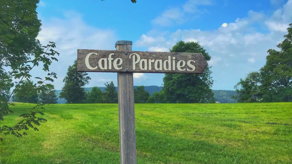 The shortest path is not always the best - Cafe Paradies